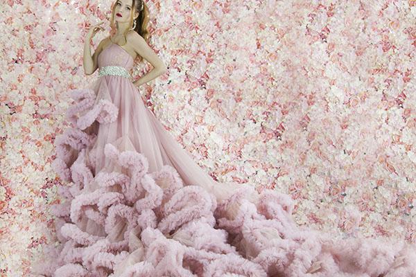 Velmi objemné princeznovské šaty na maturitní ples