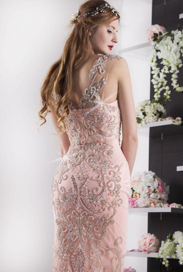 kouzelné třpytivé večerní šaty
