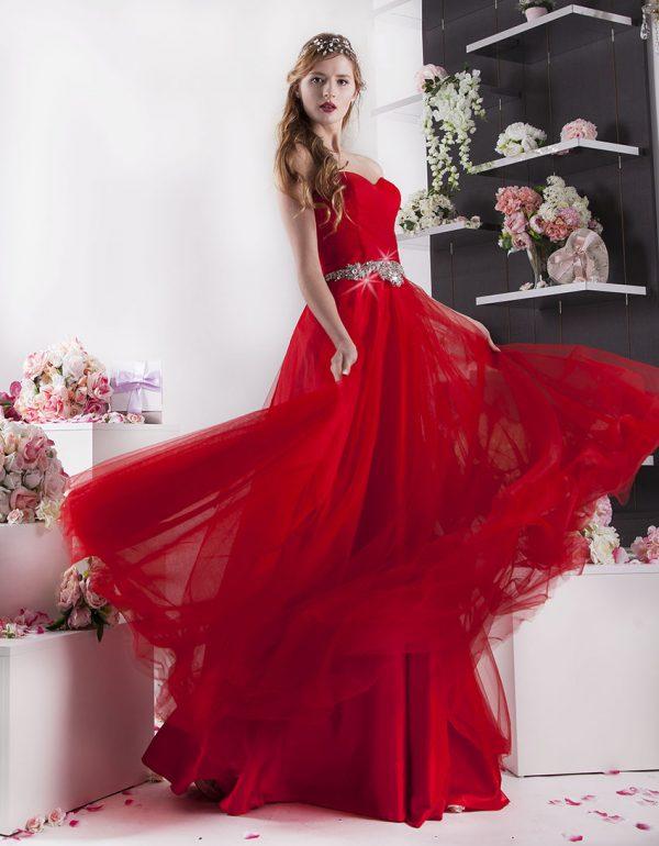 sexy plesové šaty s velkým objemem