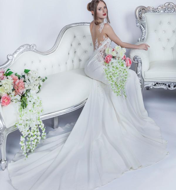 elegantní a jednoduché svatební šazy v Praze