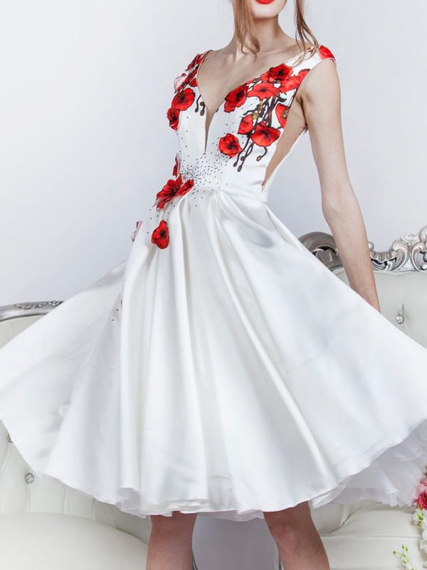 Svatební šaty krátké a katkama