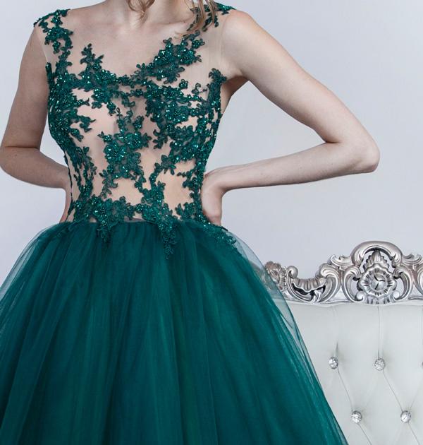 Selene maturitní šaty pro princeznu s bohatou sukní