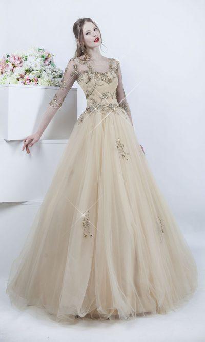 Tylové plesové šaty se zlatými krystaliy