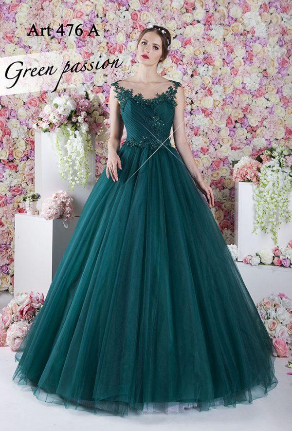 Smaragdové plesové šaty s krajkovým živůtkem