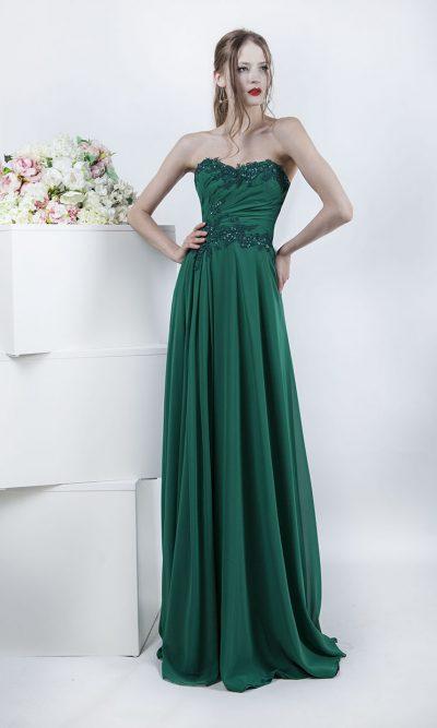 Krásné a velmi elegantní společenské šaty