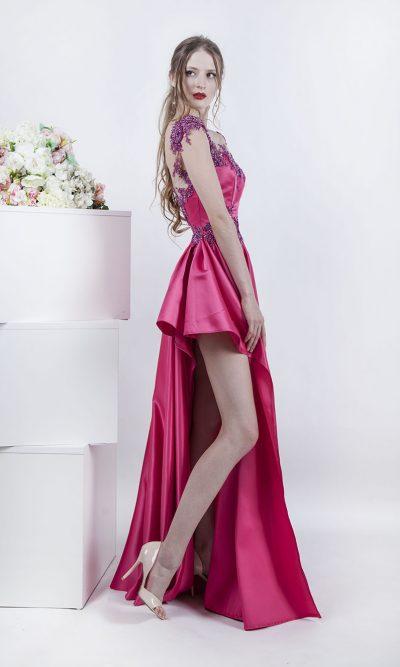 Společenské šaty s asymetrickou sukní