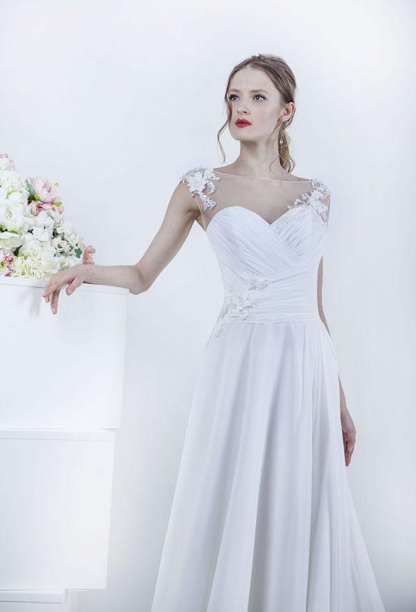 Vyjimečný živůtek svatebních šatů