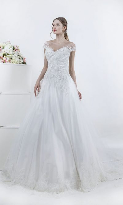 Svatební šaty s áčkovou krajkovou sukní