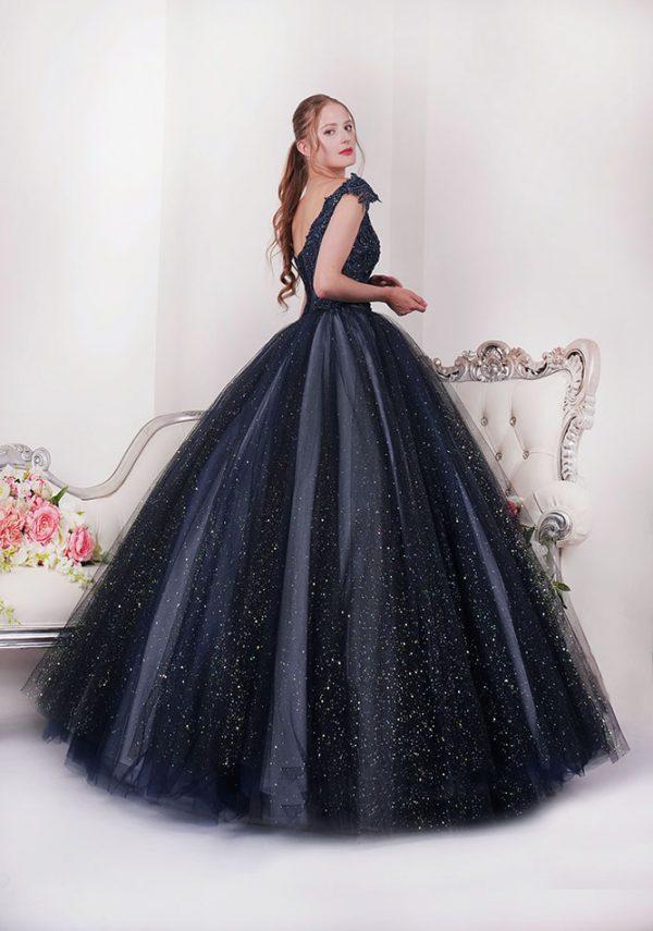 Princeznovské šaty na maturitní ples Praha