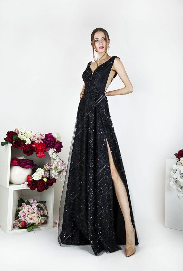 Společenské šaty černé barvy třpytivé s rozparkem a ramínky