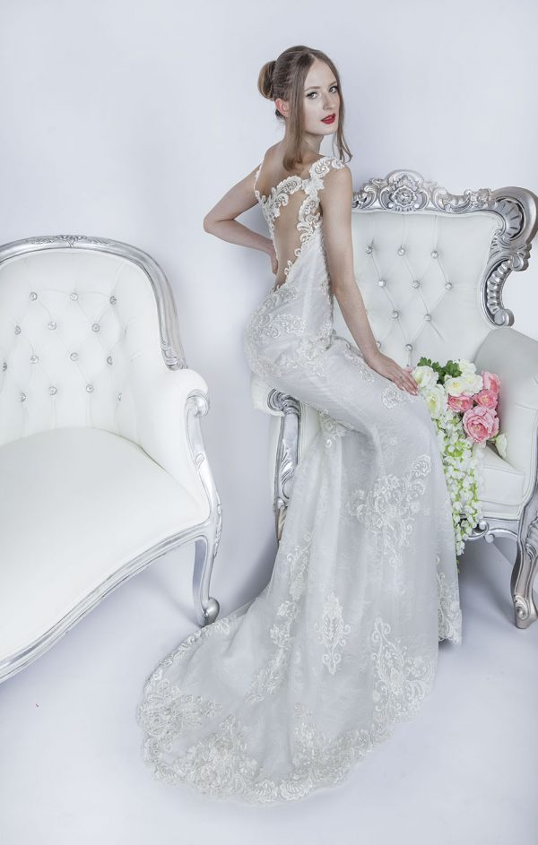 Svatební šaty vyrobené z krajky v Praze