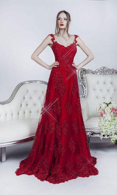 Večerní šaty vyšívané červenou krajkou