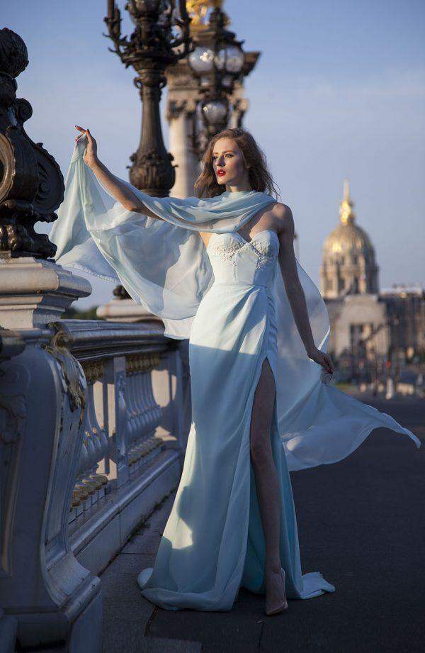 Sexy maturitní šaty Praha