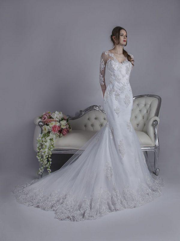 Elegantní a modernií svatební šaty