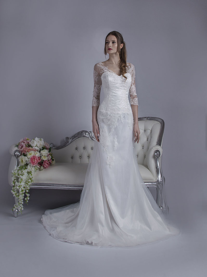 Svatební šaty s krajkovými rukávy