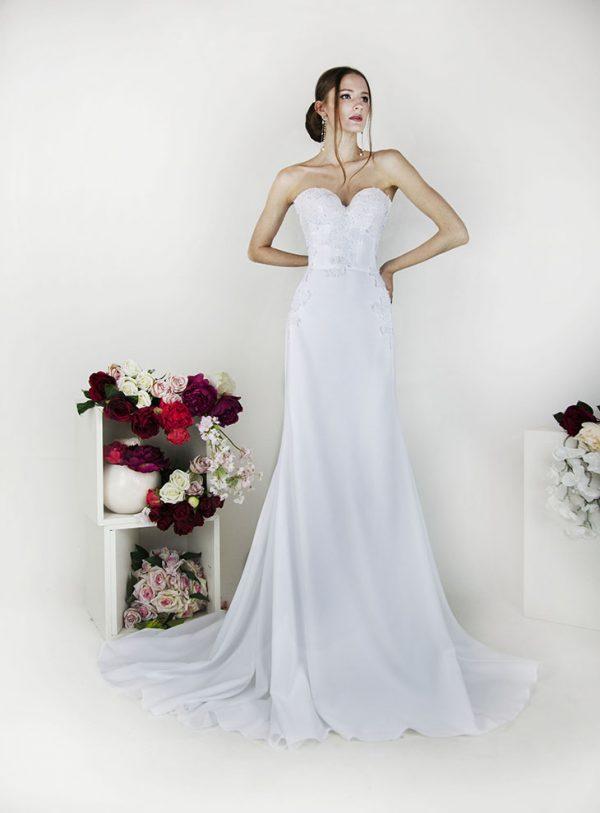 Boho svatební šaty bez ramínek Praha