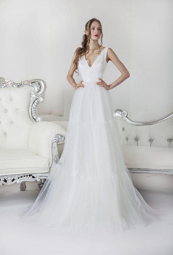 Krátké bílé svatební šaty Praha