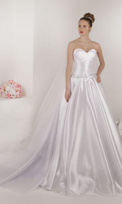 Levné svatební šaty francouzské značky