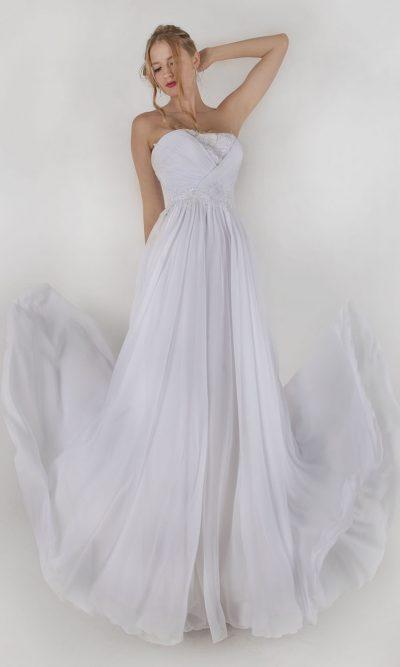 Šifónové bílé svatební šaty se sklad\