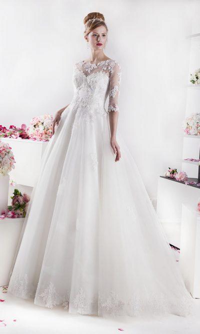 Svatební šaty pro princeznu levně smetanové barvy