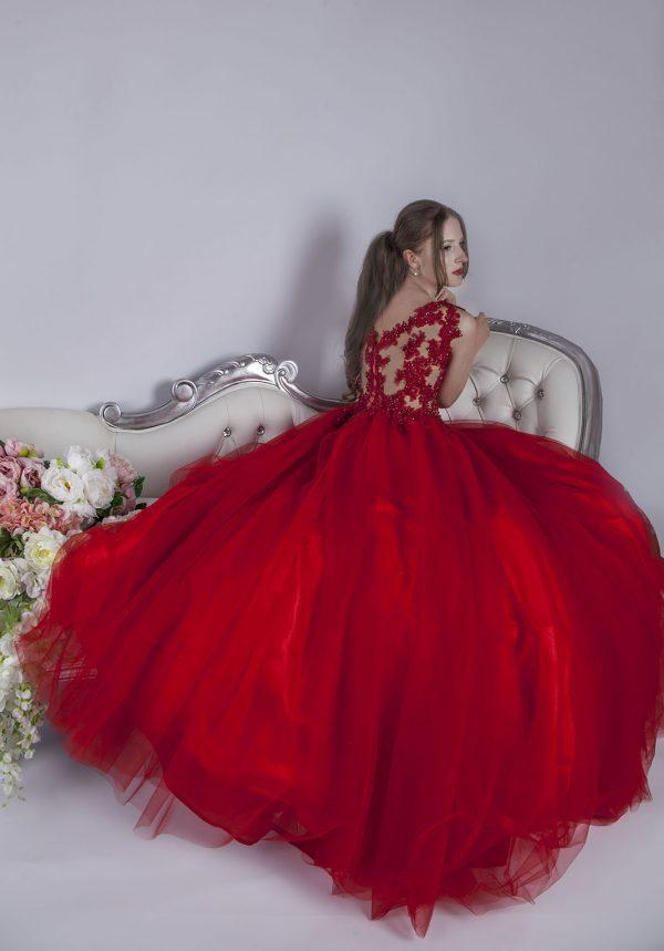 Salon s maturitními šaty v Praze