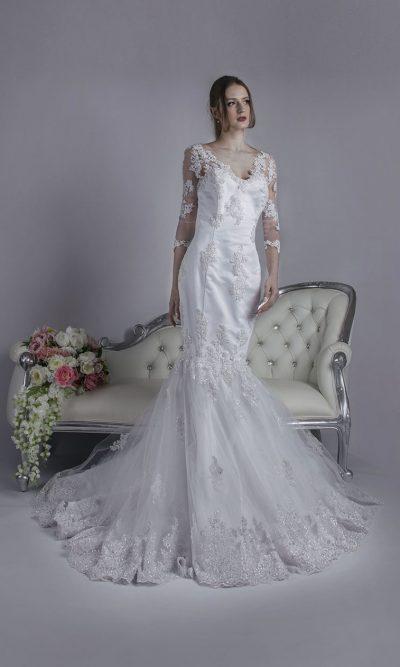 Svatební šaty obepínající na půjčení v Praze