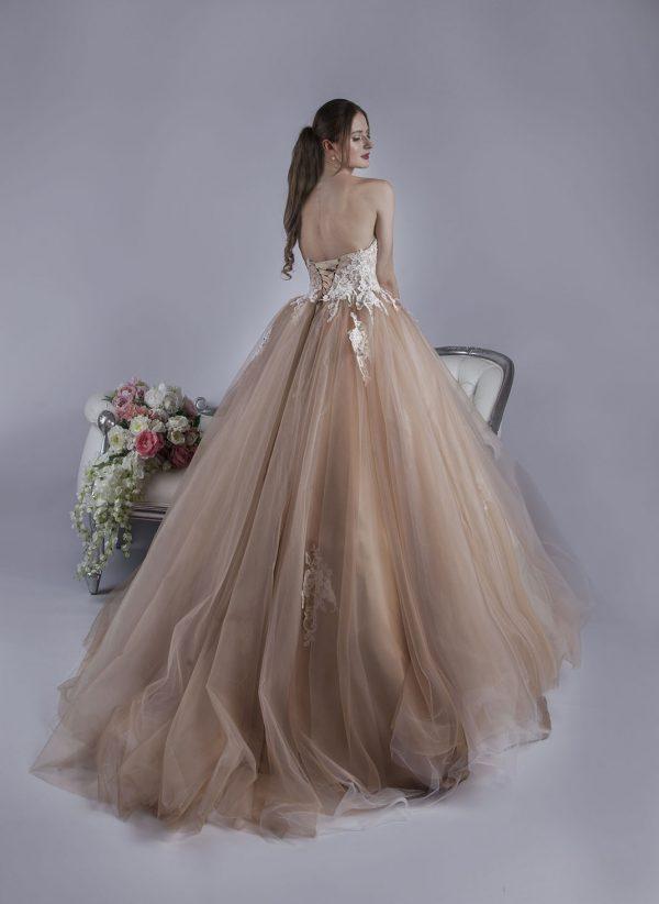 Společenské šaty pro Váš luxusní maturitní ples