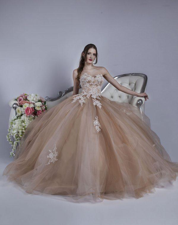 Večerní šaty pro Váš luxusní gala večer