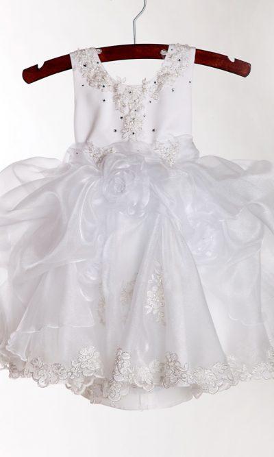 Rozkošné a velmi roztomilé šaty pro družičku Praha