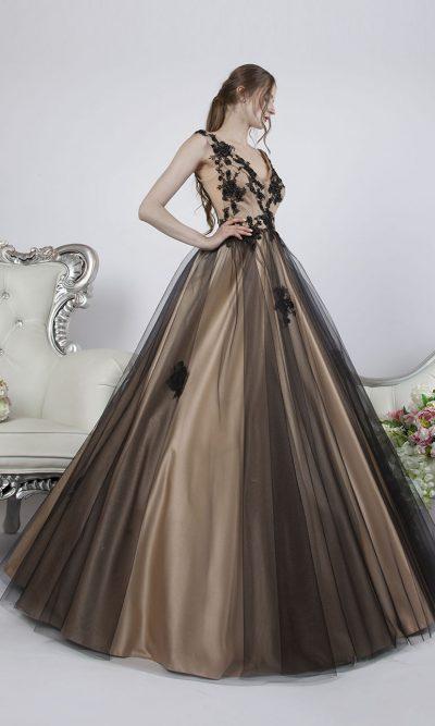 Plesové šaty pro originální a krásnou maturantku
