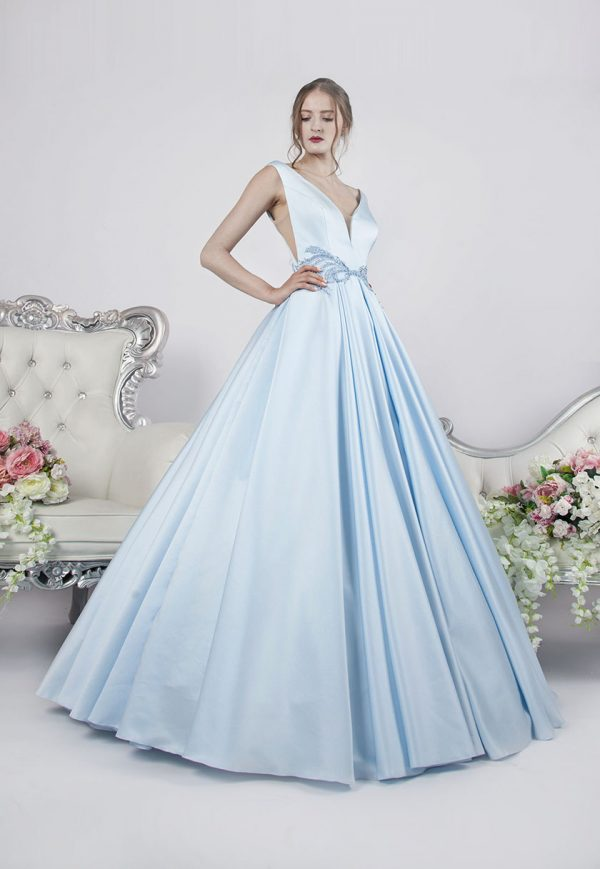 Plesové šaty luxusního stylu ze saténu a krajky