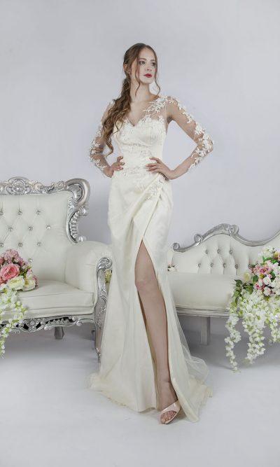 Nádherné společenské šaty pro sexy ženu v Praze