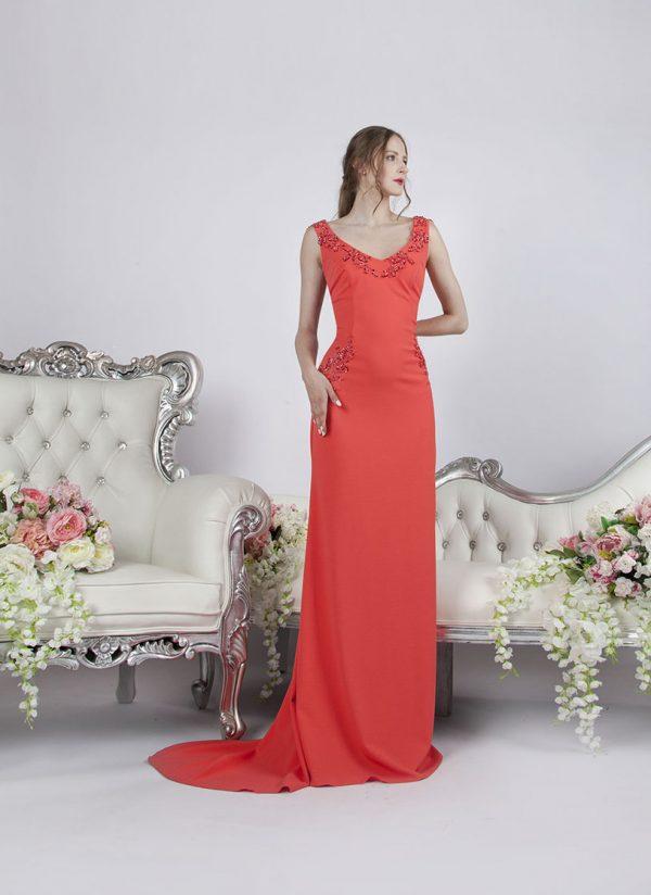 Společenské šaty Praha korálové barvy půjčení nebo prodej