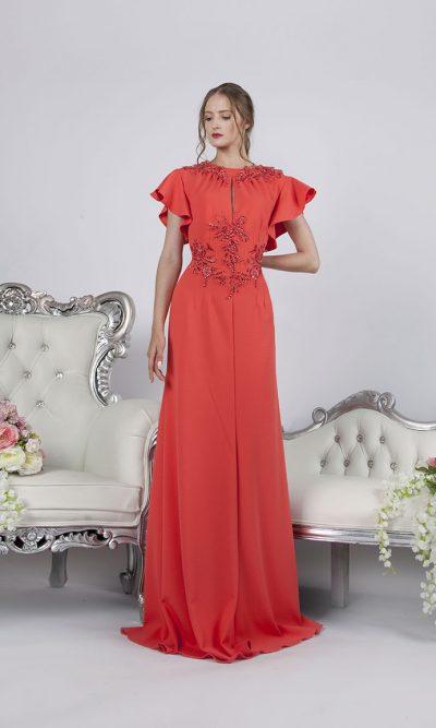 Večerní společenské šaty ve kterých budete za královnou večera