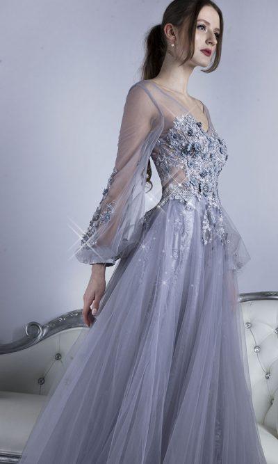 Krajkové společenské šaty stříbrné šedé barvy