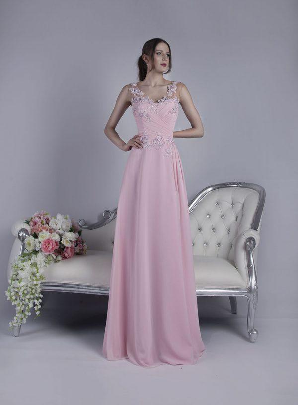Společenské šaty na půjčení na svatbu
