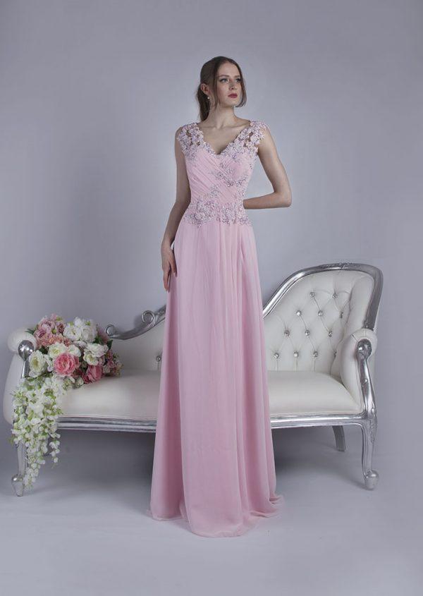 Jednoduché společenské šaty z růžového šifonu