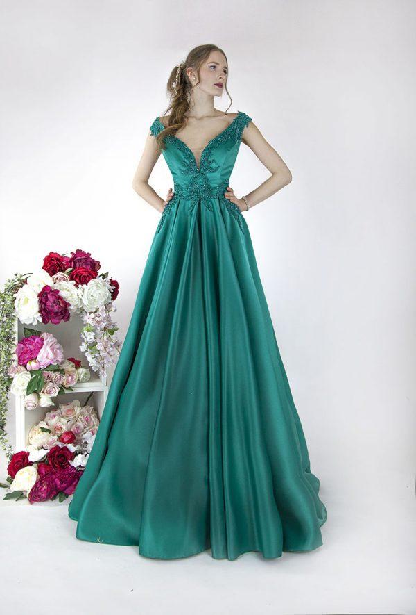 Saténové jednoduché maturitní šaty půjčení