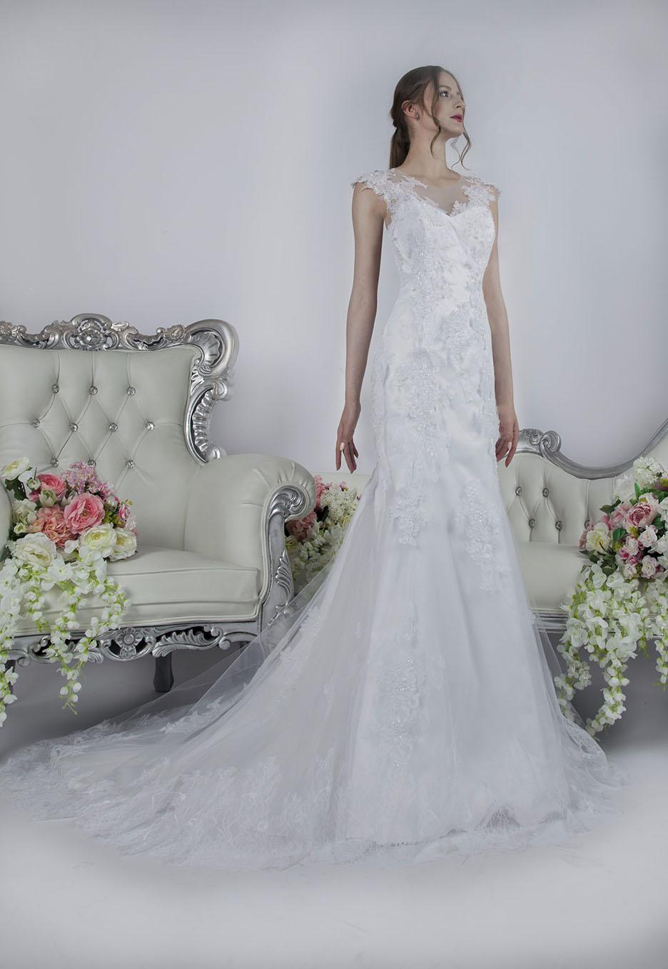 Krajkové šaty na svatbu dlouhé