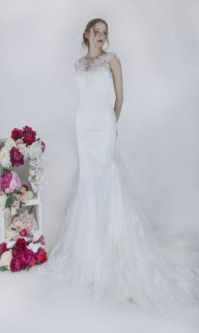 Svatební šaty s krátkými rukávy