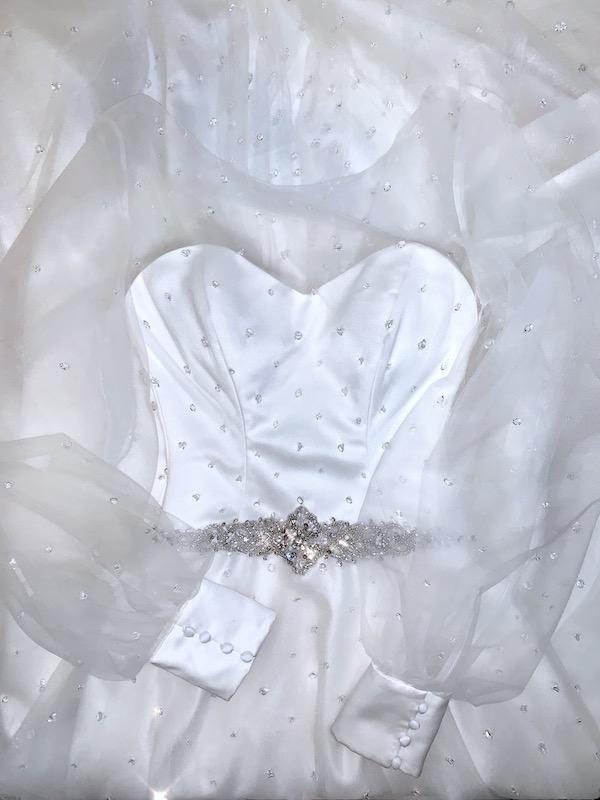 Úprava na míru svatebních šatů Praha