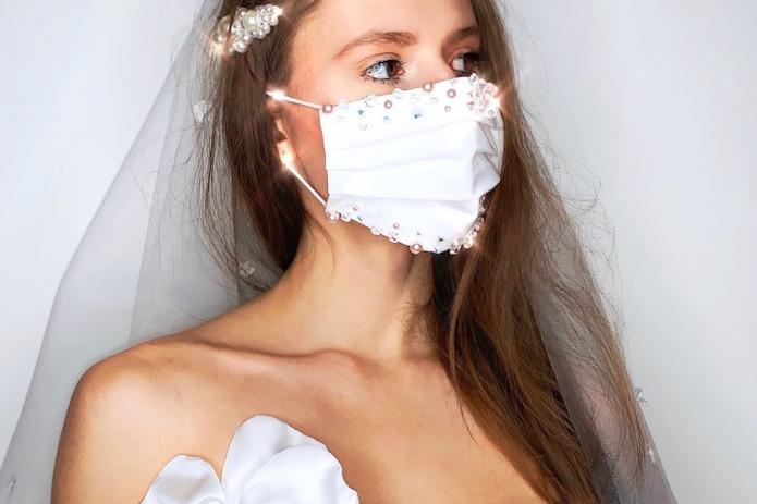 Rouška pro nevěstu bílá a smetanová