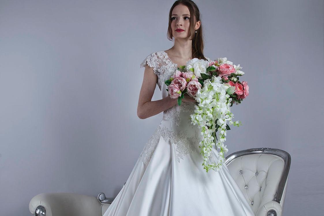 Šití svatebních šatů na míru v Praze