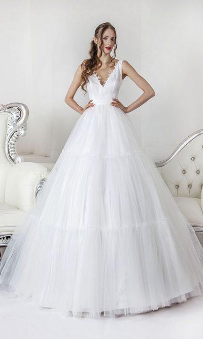 Elegantní originální boho svatební šaty Praha