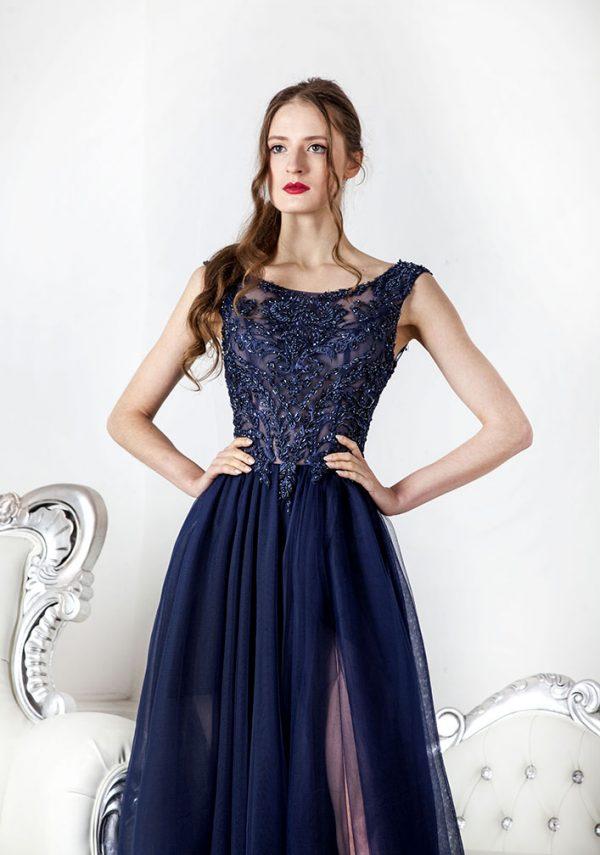 Modré společenské šaty na svatbu nebo ples