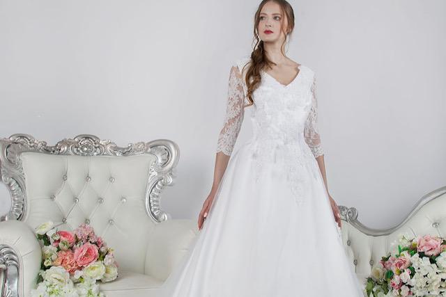 Půjčení svatebních šatů na svatbu v Praze